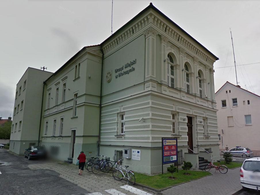 Urząd Miejski w Wołczynie / Google Maps