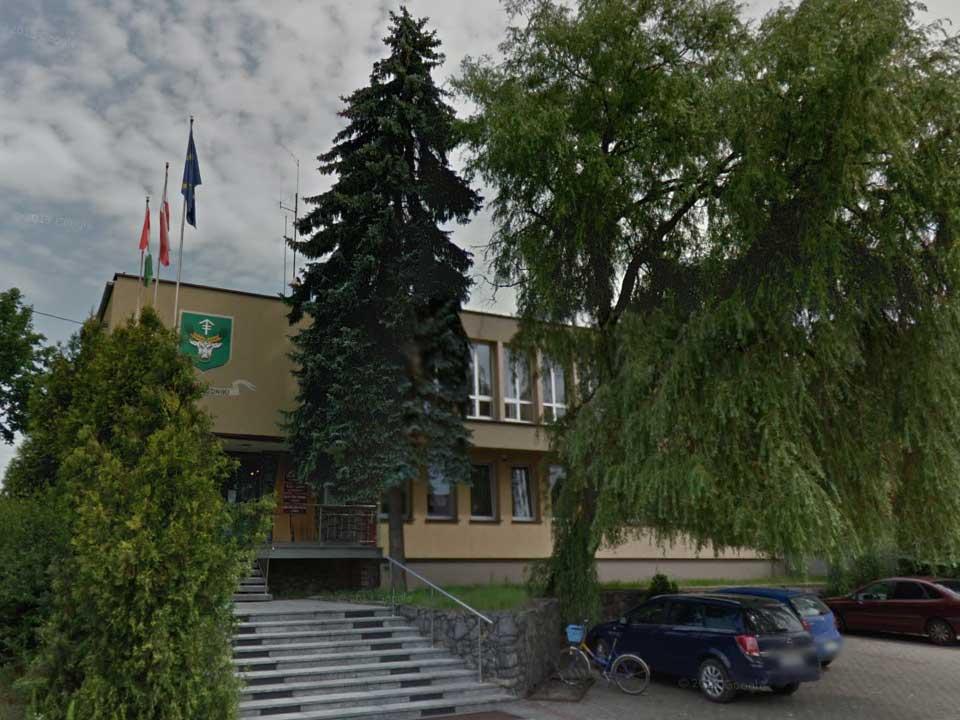 Urząd Gminy Rudniki / Google Maps