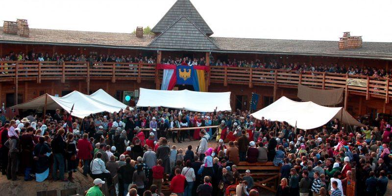 Zapraszamy na Międzynarodowy Turniej Rycerski w Biskupicach pod Byczyną!